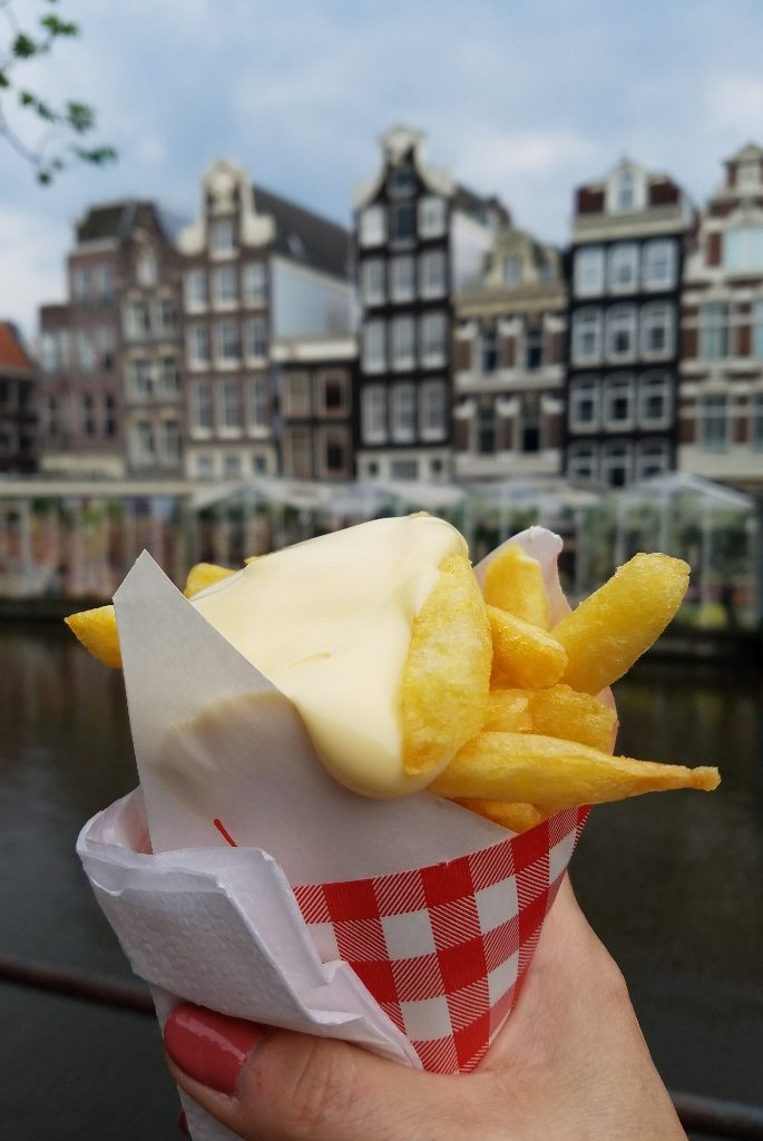 Fries with mayo